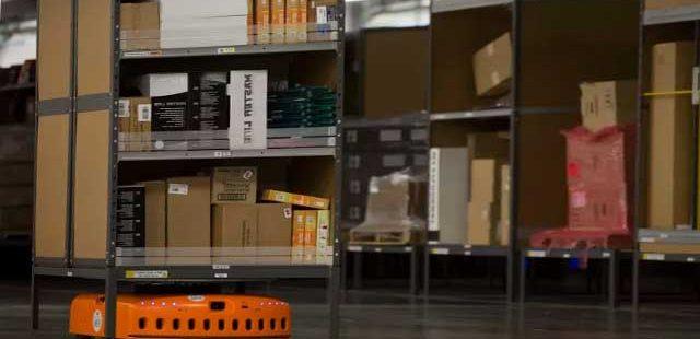 Amazon depolarındaki robotlar artık insanları görebilecek 1